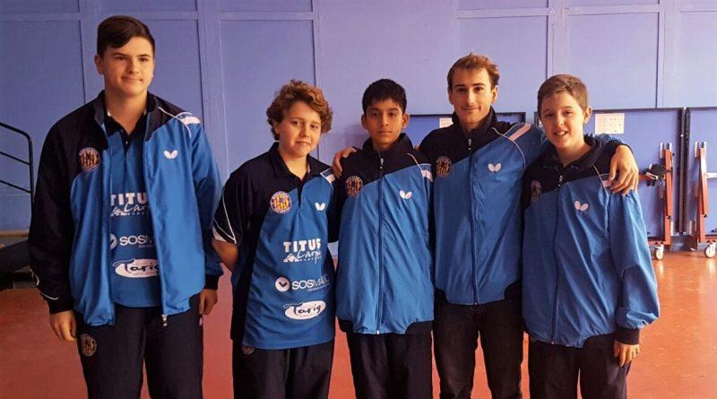 """L'equip Infantil """"A"""", format per X. Montàñez, A. Lloret, S. Bocanegra, J. Garcia (ent.) i P. Lloret."""